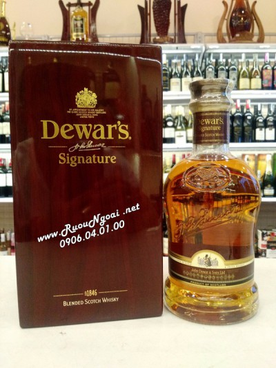 Rượu Whisky Dewar's Singnature