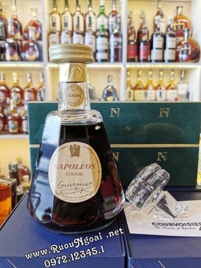Rượu Courvoisier Napoleon Cognac Baccarat