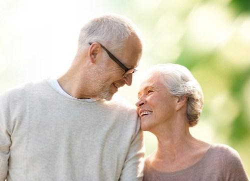 https://i0.wp.com/www.eatthis.com/wp-content/uploads/media/images/ext/317675437/happy-older-couple.jpg?resize=500%2C361&ssl=1